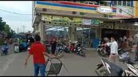 Pria Berpisau di Tangerang Lawan Polisi Coba Bunuh Ibu, Begini Kisahnya