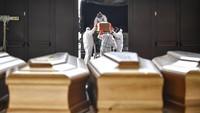 Corona Meneror, Seratusan Mayat Korban Corona Terkapar di Ekuador