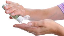 Catat! Ini Bahan-bahan untuk Membuat Hand Sanitizer Menurut WHO
