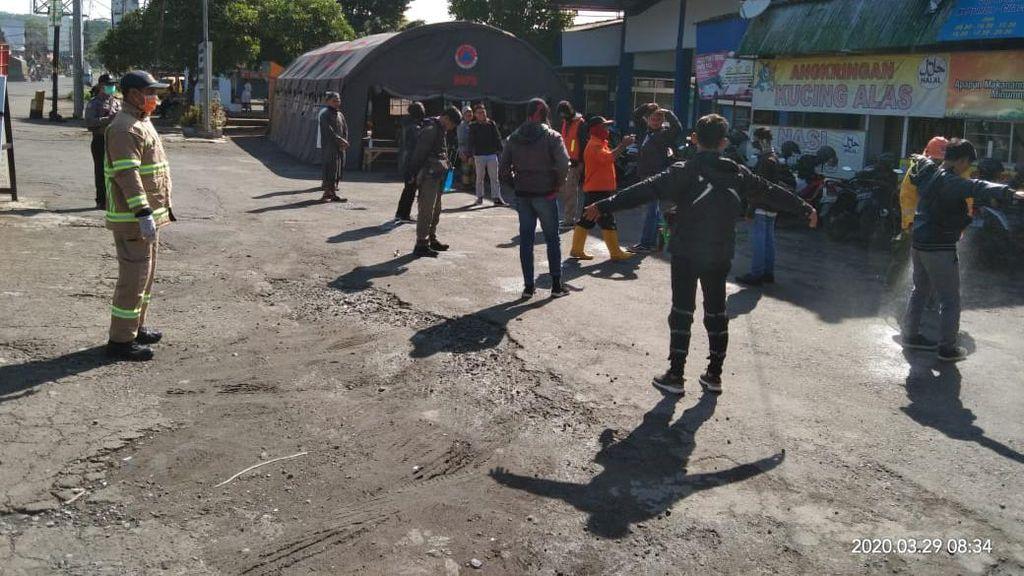 Pandemi Corona, Pemkab Magelang Periksa Pemudik di Terminal Bus