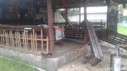 Polisi Olah TKP Kasus Perusakan 13 Rumah dan 60 Motor di Banyuwangi