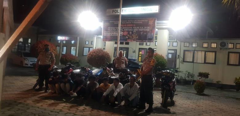 ABG di Kendari ditangkap karena balapan liar di jalan sepi akibat Corona