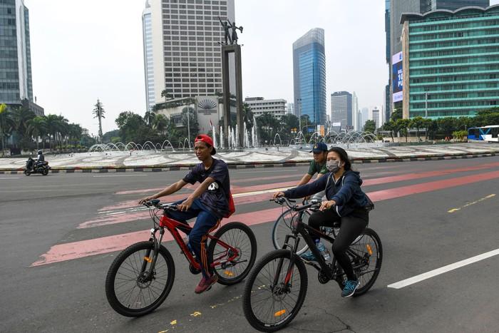 Pemprov DKI Jakarta memperpanjang masa tanggap darurat COVID-19 di Ibu Kota. Perpanjangan masa tanggap darurat itu dilakukan imbas meluasnya penyebaran Corona.