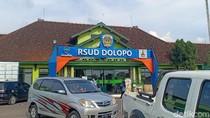 Satu Keluarga di Madiun Dievakuasi ke RSUD Dolopo Karena Demam