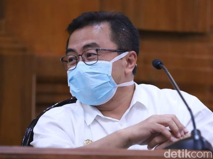 Pasien Dalam Pengawasan (PDP) yang dirawat di Rumah Sakit Universitas Airlangga (Unair) Surabaya dikabarkan meninggal. PDP tersebut terkonfirmasi positif corona.