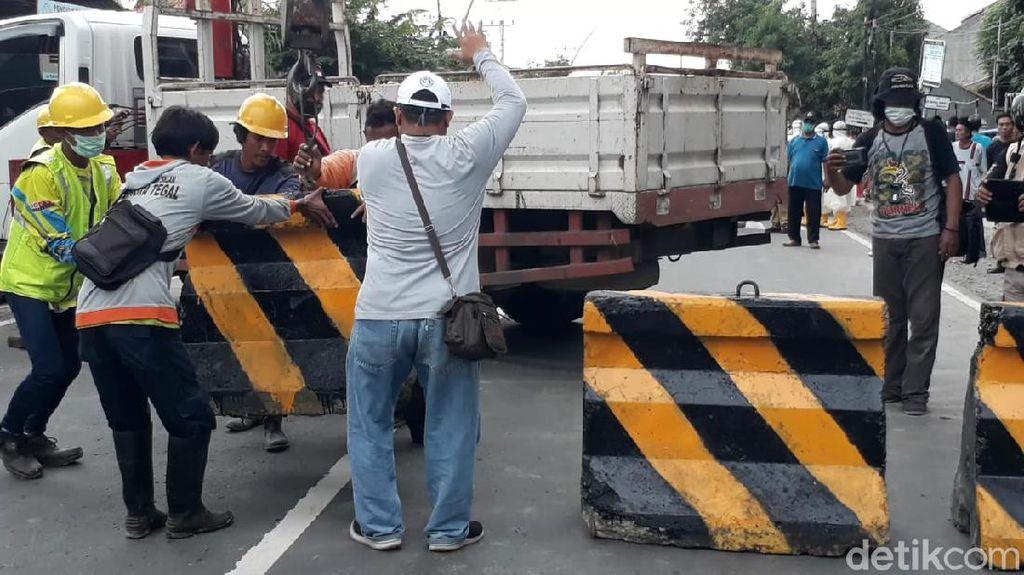 Walkot Pimpin Pasang Beton, Kota Tegal Resmi Isolasi Wilayah Besok