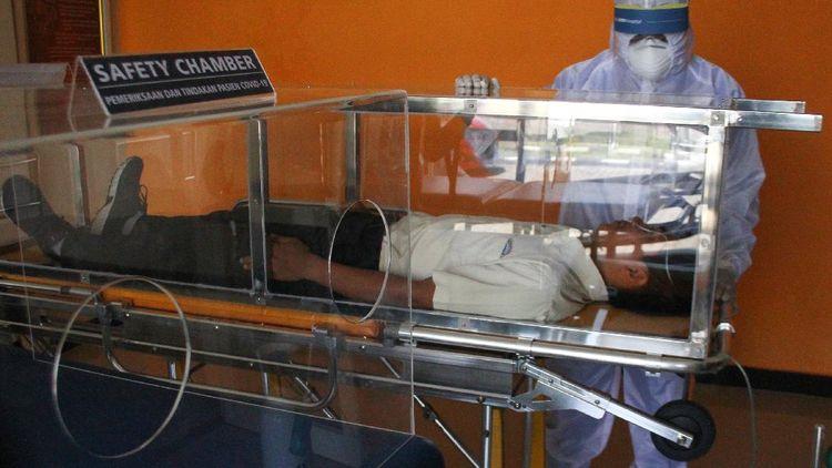 Inovasi Pembuatan Bilik Pengaman Pasien COVID-19