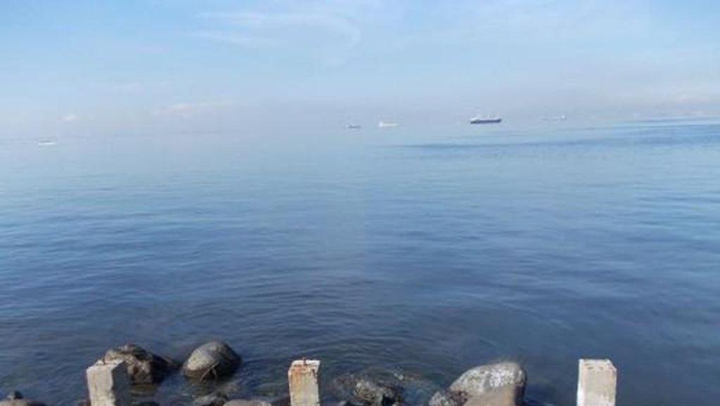 Suasana Pagi di Sekitar Manila Bay Filipina