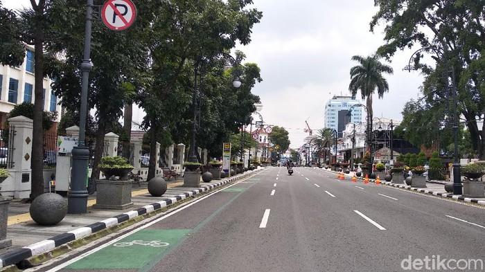Menelusuri Jalanan di Bandung yang Sepi Imbas Virus Corona