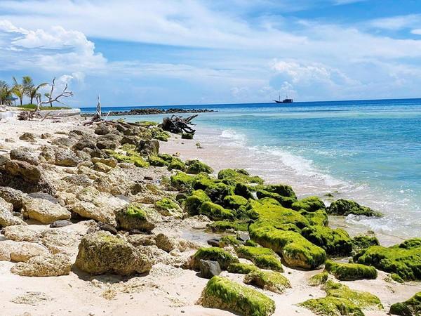 Selain cantik, Pulau Buru di Maluku juga sempat menjadi tempat pengasingan maestro sastra Pramoedya Ananta Toer dulu(@bellashofie_rigan/Instagram)