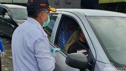 Hari Pertama Isolasi Lokal di Cianjur, Akses Masuk Via Puncak Disekat