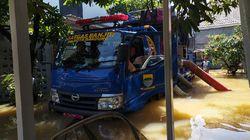 Anak Sungai Cinambo Meluap, Perumahan Adipura Bandung Terendam Banjir