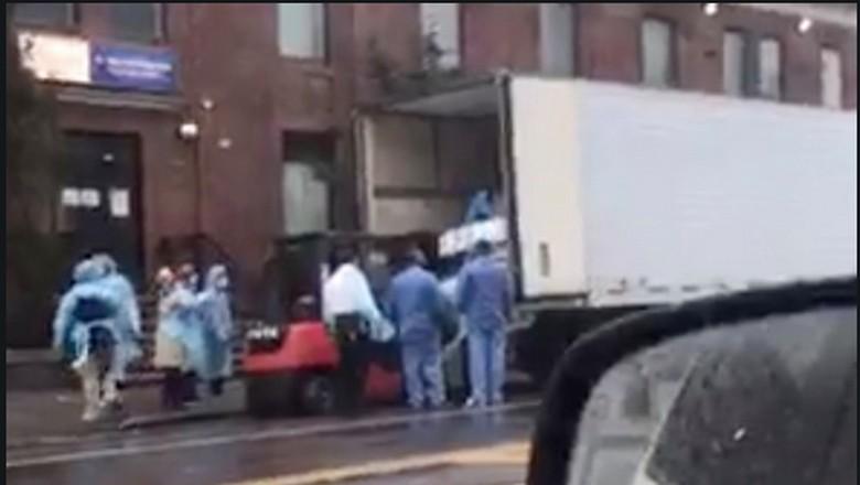 Korban meninggal dunia corona di New York dimasukkan ke dalam truk es