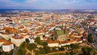 Namun, Mahkamah Agung Republik Ceko berada di ibu kota kedua yang kurang dikenal, Kota Moravia di Brno (Foto: CNN)