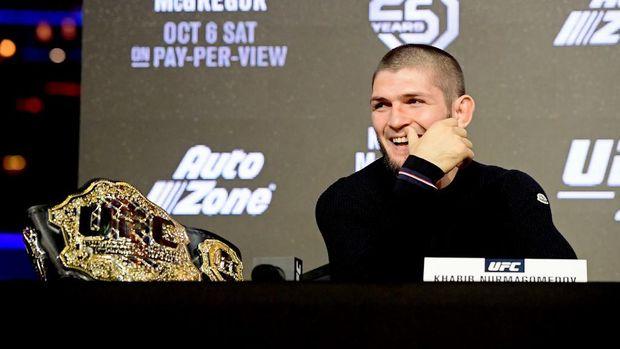 Khabib Nurmagomedov memutuskan mundur dari laga UFC 249. (