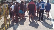 Jabar Hari Ini: Pemotor Terkapar di Bandung-Warga Tutup Tol Padaleunyi