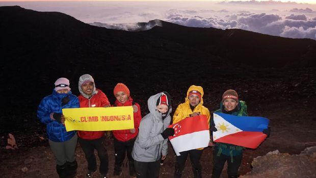 Setiawan, tour guide gunung-gunung di Jawa