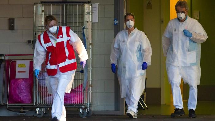 Langkah lockdown untuk memerangi penyebaran virus corona telah diterapkan di sejumlah negara. Indonesia rencananya akan menerapkan sistem lockdown seperti Belanda.