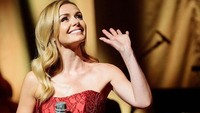 Potret Penyanyi Cantik yang Selamatkan Wanita Tua dari Aksi Begal