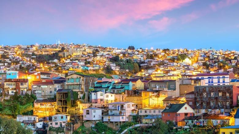 Kota Santiago dan Valparaíso di Chile