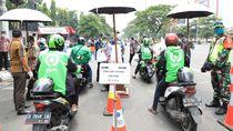 Corona Bikin Sepi Order, Ada Drive Thru Makan Gratis untuk Ojol Semarang