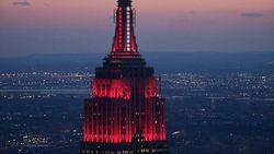 Cahaya Kemanusiaan dari Gedung Empire State New York
