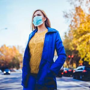Rekomendasi 5 Produk Wajah untuk Cegah Jerawat Karena Pakai Masker