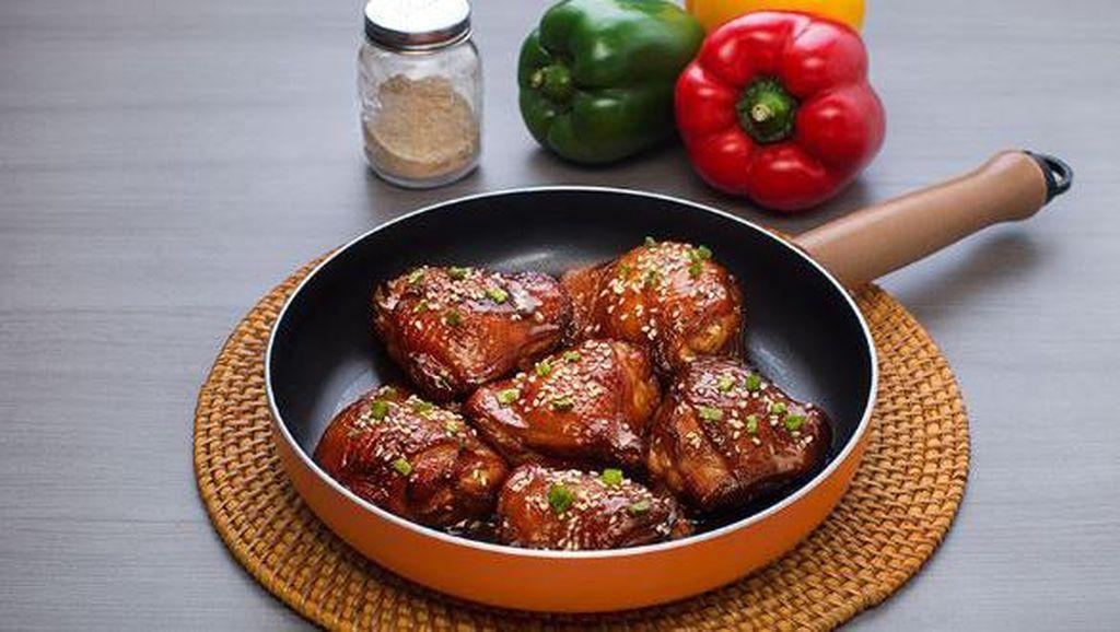 Bingung #DiRumahAja? Coba Masak 5 Olahan Ayam Kecap Ini