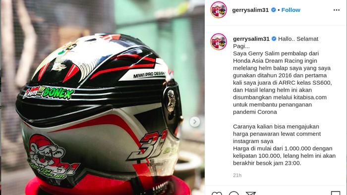 Pebalap Surabaya Lelang Helm untuk Bantu Penanganan Corona