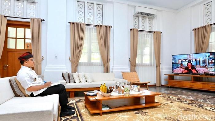 Bupati Anas Telekonference dengan Megawati