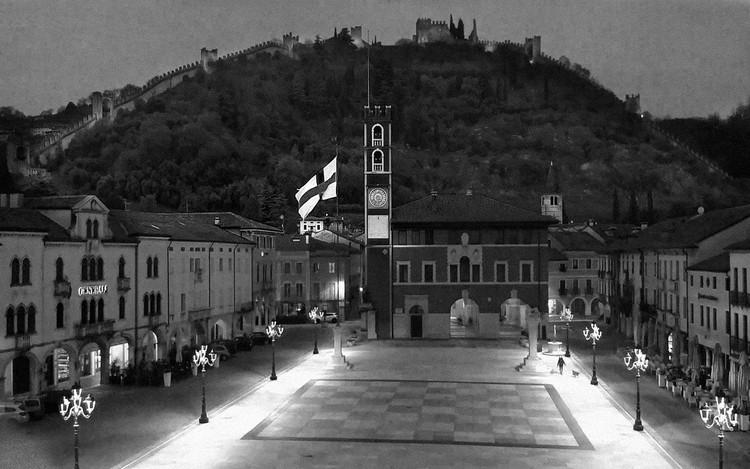 Italia dari CCTV