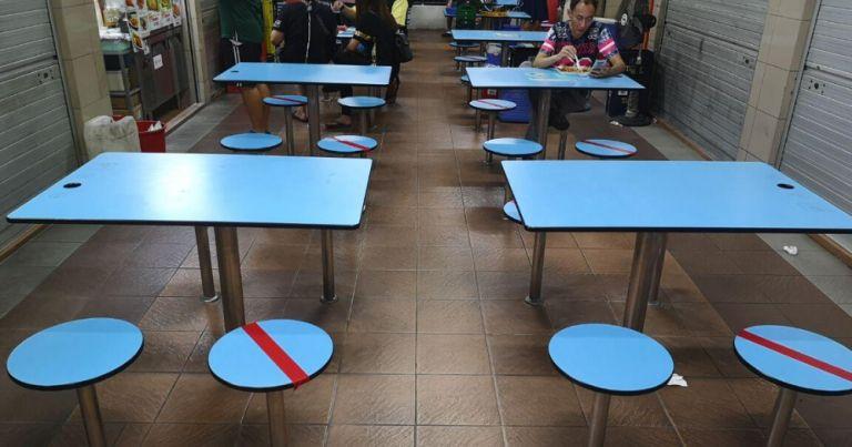 Pengawas 'Social Distancing' di Hawker Centre Singapura Digaji Rp 28 Juta