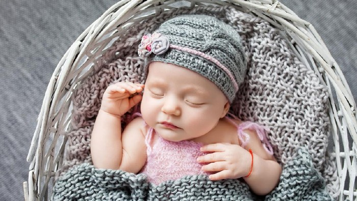 35 Nama Bayi Perempuan Modern Beserta Artinya