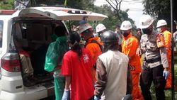 Geger Mayat Pria Bermasker Penuh Luka Bakar di Cianjur