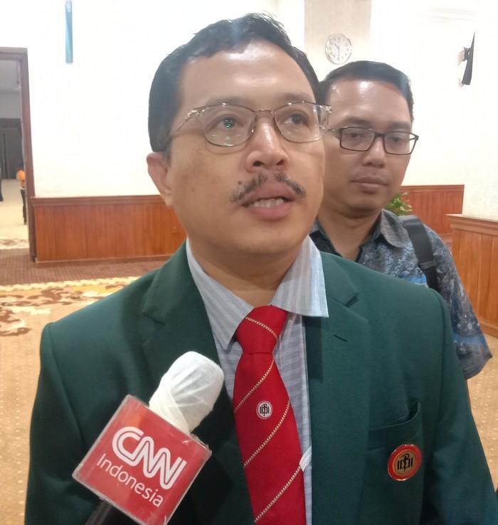 Ketua IDI Jatim Sutrisno