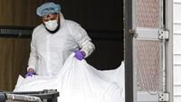 Sehari Nyaris 2.000 Pasien Corona Meninggal di AS, Trump Salahkan WHO