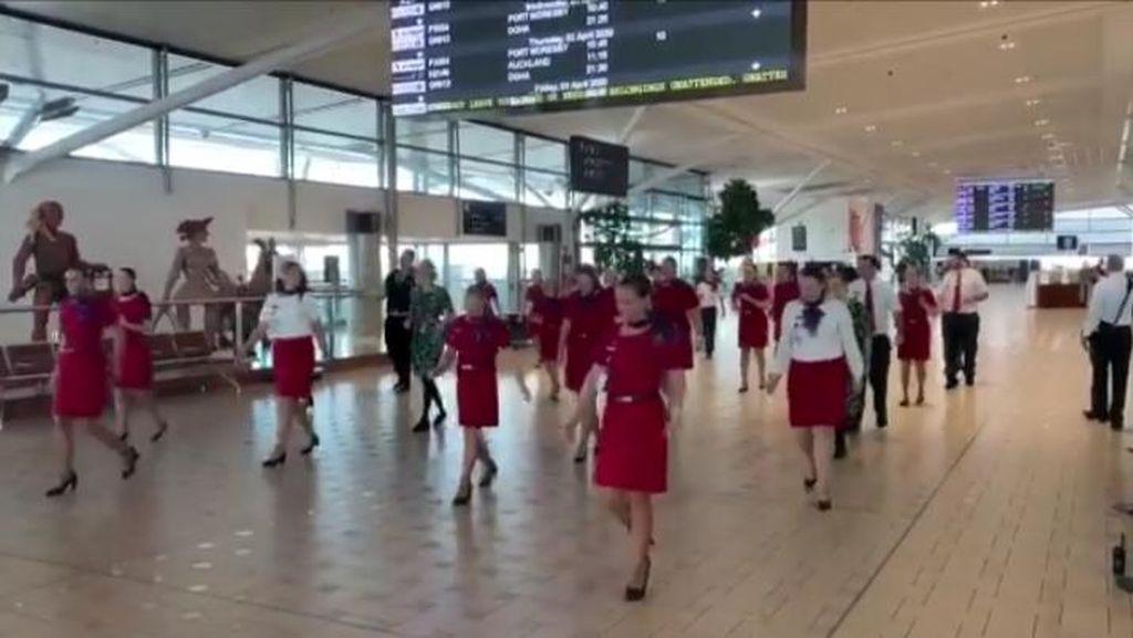 Tarian Perpisahan Pramugari Virgin Australia di Penerbangan Terakhir