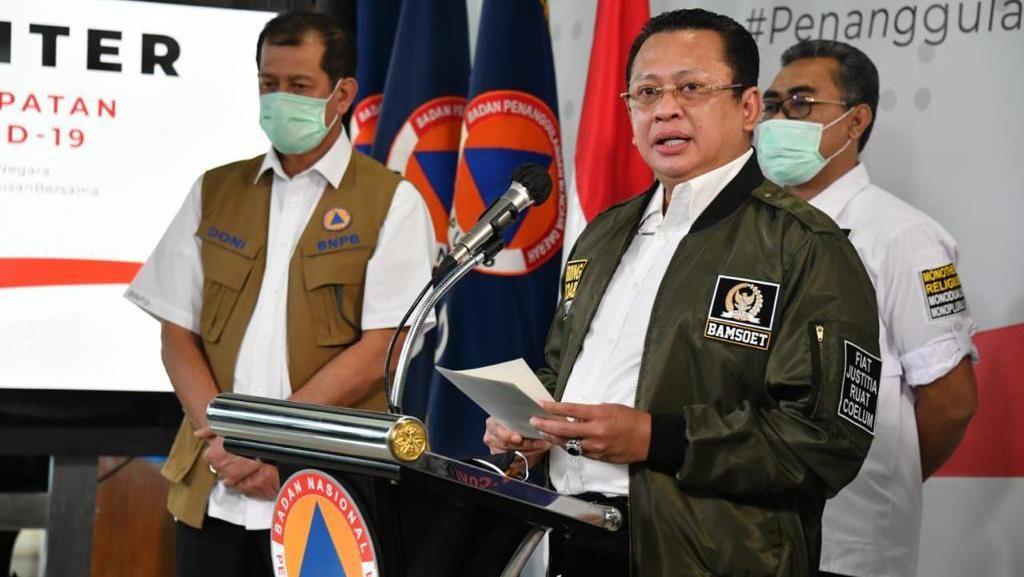 Ketua MPR Imbau Warga Tak Kucilkan Tenaga Medis yang Urus Corona