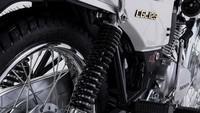 Mengutip dari berbagai sumber, sejarah CGL125 berawal sejak tahun 1976. Kali pertama diperkenalkan di pasar Jepang, motor ini mengusung mesin 124 cc, berpengabut karburator, satu silinder, 4-tak, berpendingin udara, dengan output tenaga maksimum 10,73 dk dan torsi 9,8 Nm.Foto: Honda