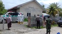Wajah Pucat-Batuk, Wanita Diduga dari Malaysia Dibawa ke RSUZA Aceh