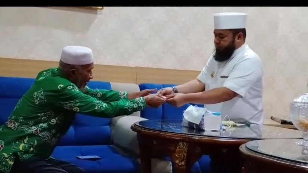 Wali Kota Bengkulu dan Wakilnya Sumbang Seluruh Gaji untuk Penanganan Corona