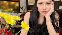 Momen Kuliner Seru Rica Andriani, Selebgram yang Pernikahannya Viral