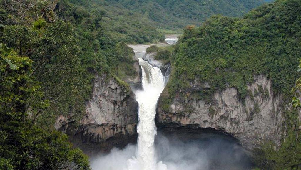 Ekuador Kehilangan Air Terjun Terbesarnya