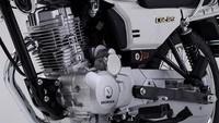 Dari sektor mesin, Honda CGL125 Tool 2020 menggunakan mesin 4-tak, satu silinder, OHV, dengan tenaga puncak di 9,7 dk pada 8.500 rpm dan torsi 8,8 Nm pada 7.500 rpm. Sistem transmisinya manual 5 percepatan. Sedang untuk kapasitas bensinnya bisa menampung 10,5 liter bahan bakar.Foto: Honda