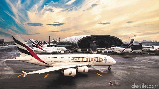 Pesawat Emirates di Dubai