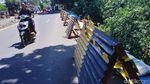 Berbulan-bulan, Longsor di Jalan Raya Bogor Tak Diperbaiki
