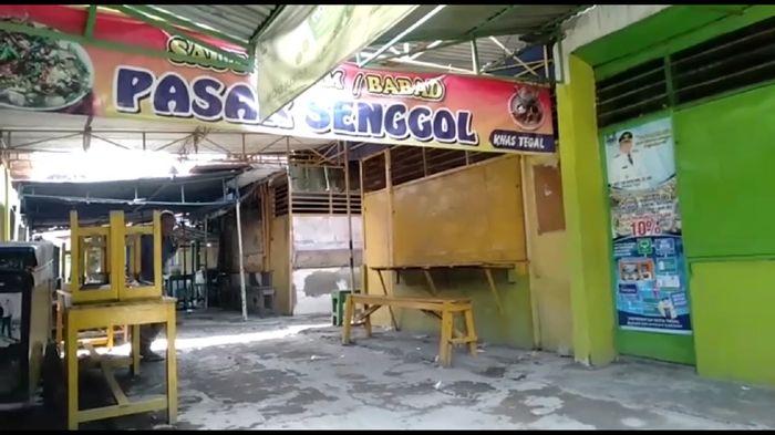Pasar Senggol di Kota Tegal sepi