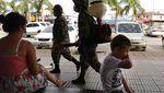 Potret Kesedihan Anak-anak Dunia Rindu Bermain di Luar Rumah