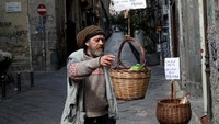 Pandemi Corona Bikin Orang-orang Punya Cara Unik Belanja