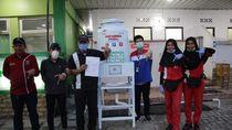 Pertamina Berdayakan UMKM Binaan Pasang Wastafel Portabel di SPBU